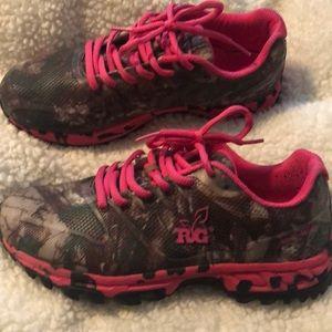 453db27a7a3b9 Realtree · Real tree girl ladies 8.5 shoes